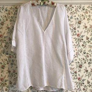 Loose fitting white linen blouse/tunic